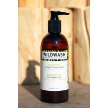 Wildwash Dog Shampoo For Light Coloured Coats - Chamomile, Lemon and Lime