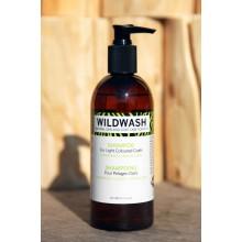 Wildwash Dog Shampoo For Light Coloured Coats - Chamomile, Lemon and Lime
